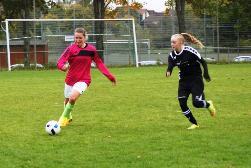 Sowohl als Torspielerin, als auch auf dem Feld ein wichtiger Bestandteil des Teams: Pauline