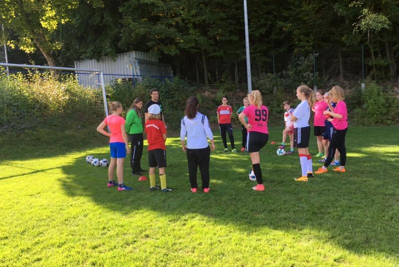 Ganz fokussiert auf das Training und zuversichtlich im Hinblick auf die neue Saison: Unsere C-Mädels