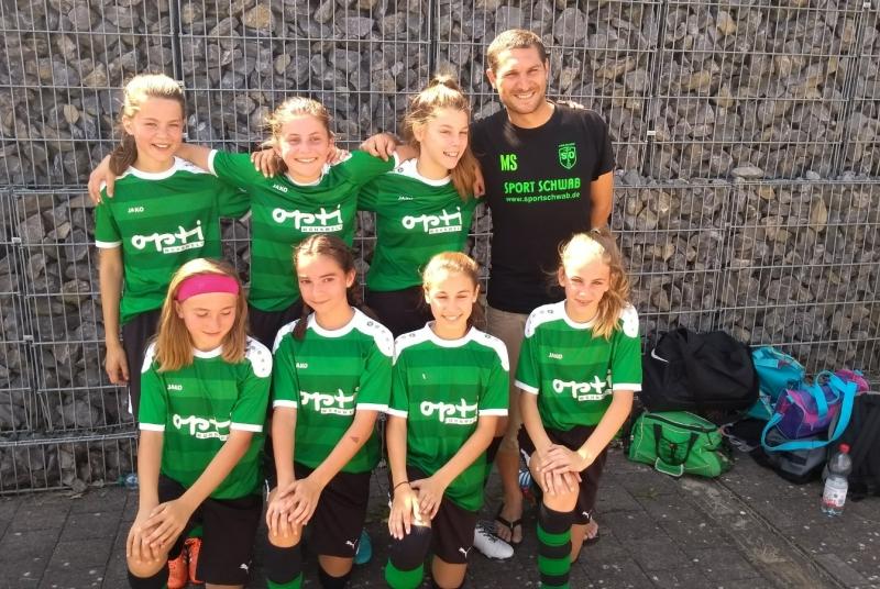 """Sind schon nach ihrem ersten gemeinsamen Turnier eine tolle Mannschaft: Die Mädels unseres """"Team 2""""!"""