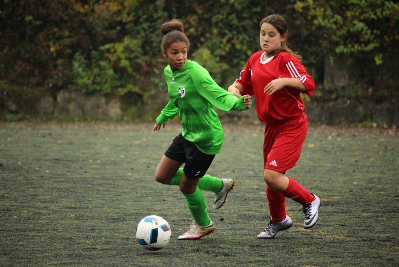 Immer einen Schritt zu schnell für ihre Gegenspielerin: Fatou